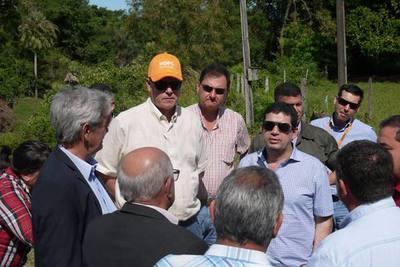 Anuncian que asfaltarán la Ruta 12 que une Chaco'i con Gral. Bruguez