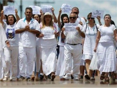 "Corte brasileña emite orden de arresto para ""sanador"" por abusos"