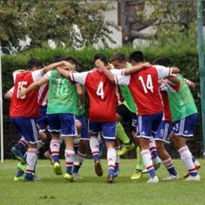 Paraguay derrotó a Ecuador y clasificó primero en su grupo
