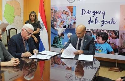 Cuerpo de Paz acuerda alianza con Salud Pública
