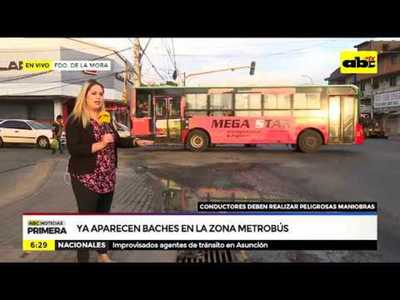 Ya aparecen baches en zona del metrobus