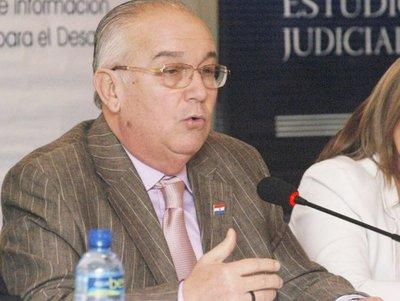 Fiscalía imputa a Bajac por pedido de coima cuando era ministro de la Corte