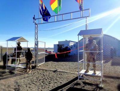 Bolivia inaugura su primer puesto anticontrabando en su frontera con Chile