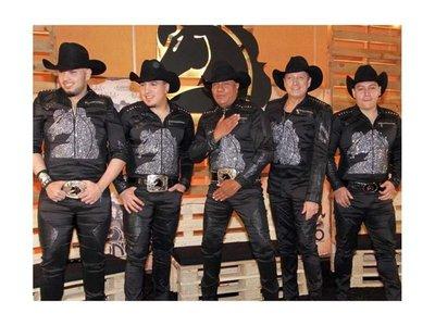 ¡VIENE BRONCO! Dicen que hasta los  chuchis bailan con Guadalupe