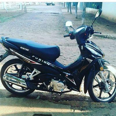 Denuncian robo de motocicleta