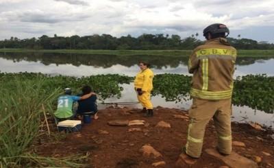 Adolescente se ahoga ante su padre en Minga