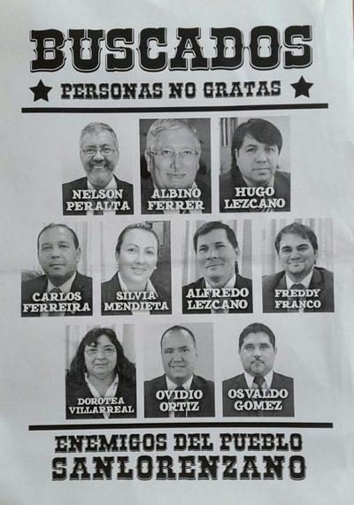"""Nueve concejales y el intendente fueron """"premiados"""" como enemigos del pueblo (archivo 2018)"""