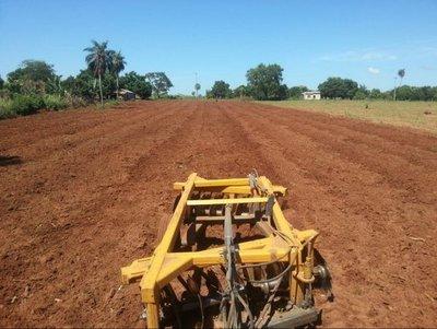 Gobernación ayuda a campesinos de Peguajhó