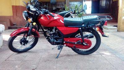 Recuperan moto a poco de ser robada