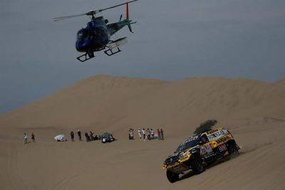 Arranca el Dakar más atípico, concentrado en diez días de dunas solo en Perú