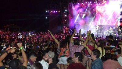 Fiesta Hawaiana reprisa éxitos en su edición N° 31