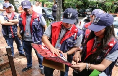 Operativo Año Pyahu: Tributación inició controles a comercios para verificar entrega de comprobantes legales