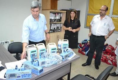 Entregan equipos para sala de terapia  neonatal