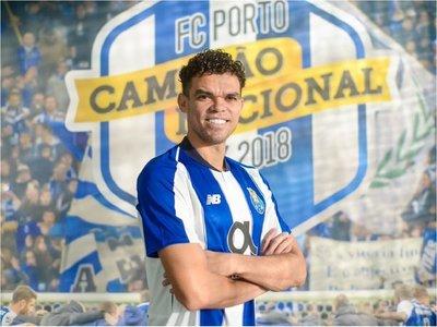 El Porto hace oficial el fichaje de Pepe