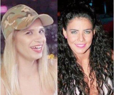 Atendéna, Navila critica voz de cronista