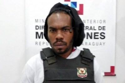 Ministro denuncia a juez que liberó a integrante de Comando Vermelho