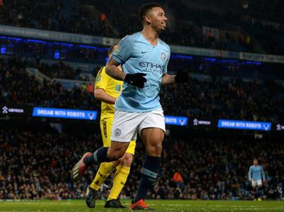 Manchester City aplastó al humilde Burton