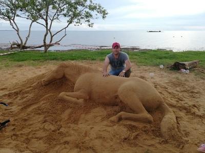 Realizarán el primer concurso de escultura en arena en Encarnación