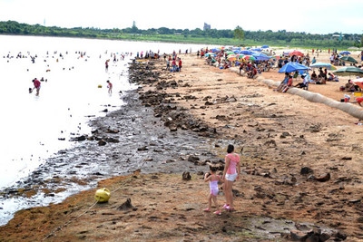 En varias zonas del Este del país se sufre por la falta de agua, en medio del calor