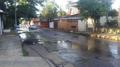 Calles desastrosas:  Amenazan con la suspensión de trabajos de alcantarillado si no arreglan calles