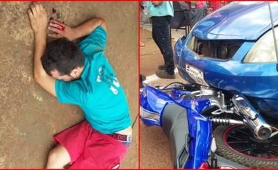 Mujer chocó a motochorros en pleno atraco