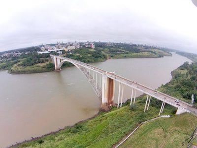 Presidente Franco: Comitiva verifica lugar donde estará el segundo puente