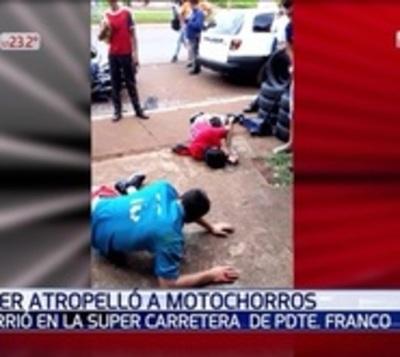 Atropelló a motoasaltantes que segundos antes robaron a una mujer
