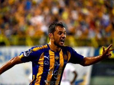 El Zorro Bareiro, cuarto goleador histórico del fútbol paraguayo