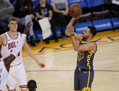 Harden y Curry protagonizan otra noche estelar