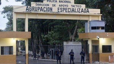 Brutal asesinato de una joven en sede policial sigue impune