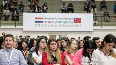 No existe deserción de la universidad Taiwán-Paraguay, afirma rector