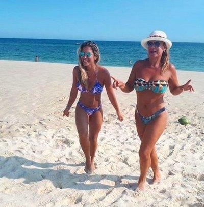 La ex de Gamarra pela cuero en playa rapai