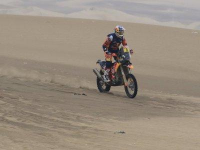 Price, nuevo líder del Dakar en motos