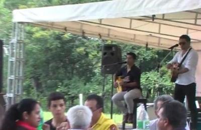 Fiesta misionera en la colonia Emilio Acevedo