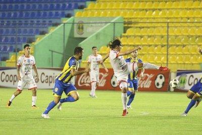 Inde mira la Copa Sudamericana