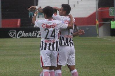 Libertad ganando se despidió del Clausura