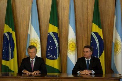 """Macri y Bolsonaro condenan la """"dictadura de Maduro"""""""