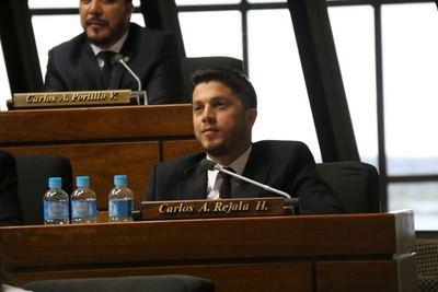 Diputado cuestiona a Mario Abdo por no apartar a Alderete de Itaipú