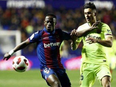 El Barcelona alineó a un jugador suspendido contra el Levante
