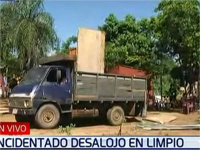 Desalojo en Limpio: Ocupantes dicen tener aval del intendente