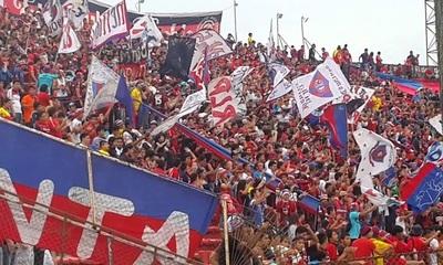 Barra brava de Cerro no asistirá a partidos oficiales