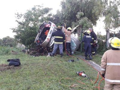 Tragedia en Ruta 11  de Argentina: Mueren paraguayos en fatal accidente