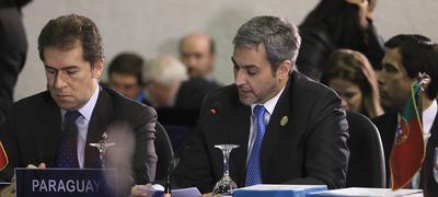 Mandatario compartirá con jefes de Estado y empresarios en Foro de Davos