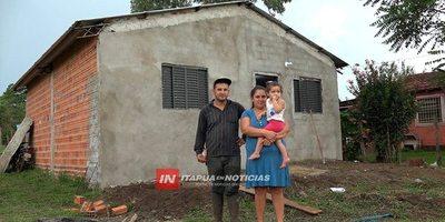 EL MILAGRO DE LA CASA PROPIA PARA UNA FAMILIA QUE LO PERDIÓ TODO EN UN INCENDIO.