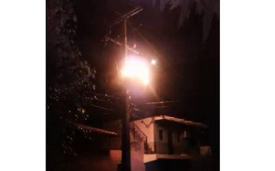 Sajonia sin luz tras explosión de transformador