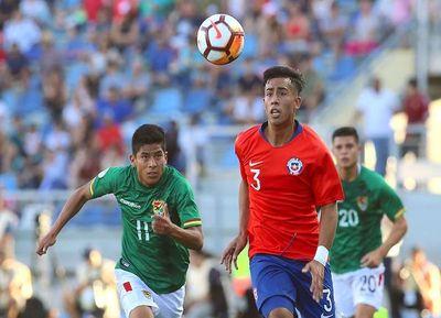 Chile decepciona en el inicio
