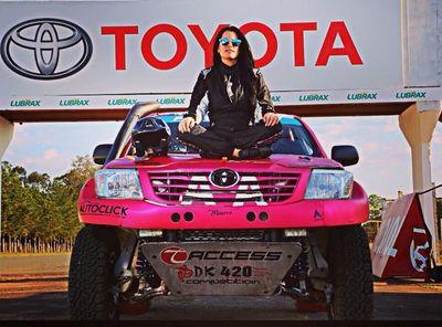 Andrea Lafarja y Fernanda Kanno logran terminar el Dakar