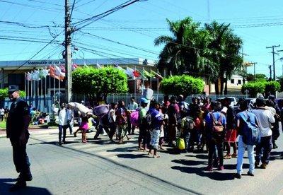 Nativos exigen víveres para varios meses a gobernador de Caaguazú