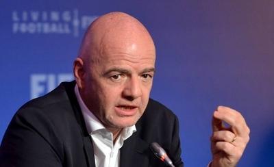 HOY / Infantino quiere reformar Mundial de Clubes e incluir más equipos no europeos