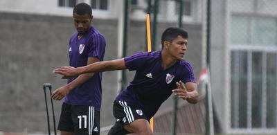 Robert Rojas ya práctico en River Plate